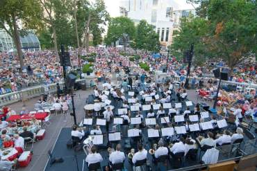 ConcertsonSquaregroupshot