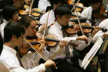 WYSO violins of Philharmonia Orchestra