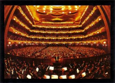 The Met hall 1
