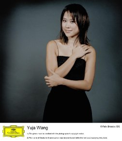 YujaWangphotoblack dress