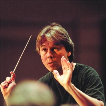 esa-pekka-salonen-goes-multimedia-philharmonia-Esa_Pekka_Salonen_Philharmonia