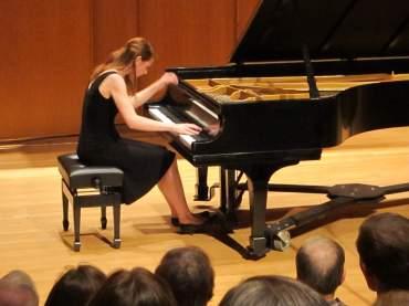 Beethoven sonatas 26 Margaret Runaas