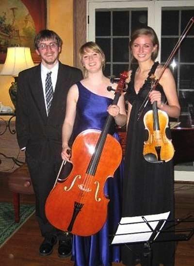 Perlman-Trio Thomas Kasdorf piano, Eleanor Bartsch violin and Maureen Kelly cello