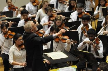 Thomas Buchhauser  conducting WYSO Philharmonia Cheng-Wei Wu