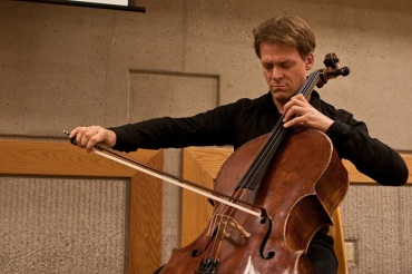 Alban Gerhardt playing 2
