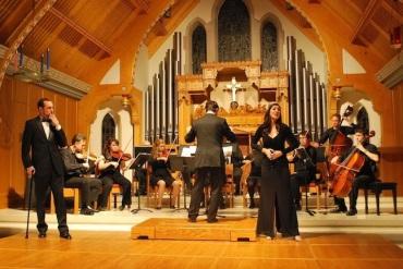 Candid Concert Opera 8