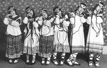 Nijinsky's dancers original Rite of Spring Ballets Russes 1913
