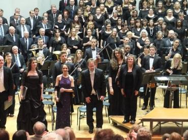 UW Choral Union and soloists w Taylor : KYR
