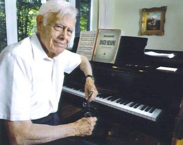 Frank Glazer at the piano