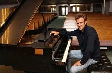 Bryan Wallick at piano