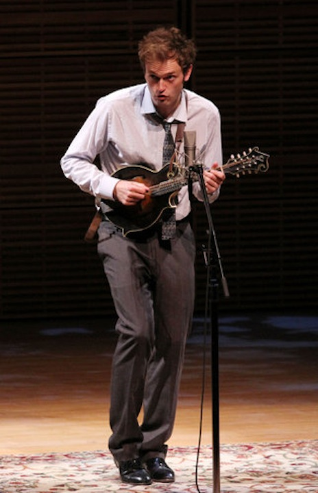 Chris Thile at Zankel Hall CR Tina Fineberg for NYT