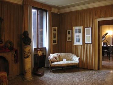 Wagner sofa