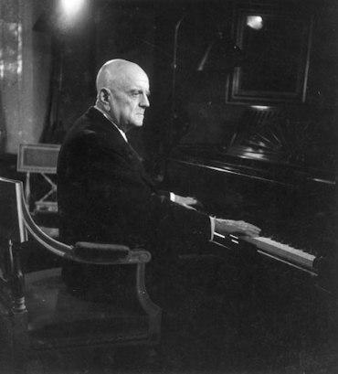 Jean Sibelius at piano