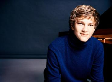 Jan Lisiecki CR Mathias Bothor for Deutsche Grammophon