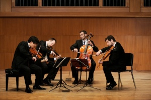 miro quartet playing