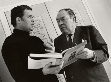 Dietrich Fischer-Dieskau and Gerald Moore 1