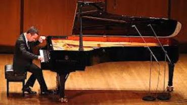 Inon Barnatan playing at Carnegie Hall NY Times
