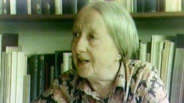 Imogen Holst