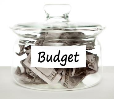 budget money in a jar
