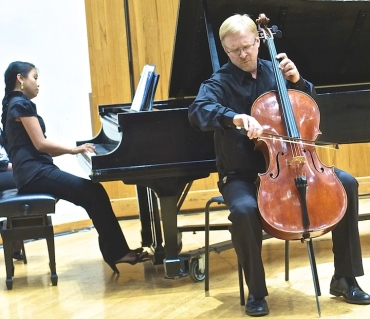 Cello Choir 2014 Steven Laven, Christina Lalog piano