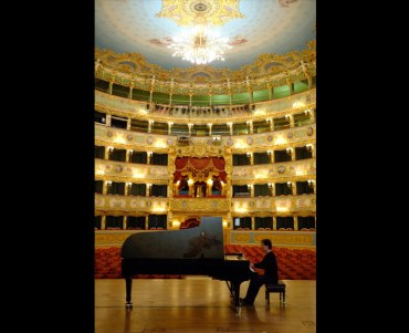 Myung Whun Chung on stage at Teatro La Fenice in Venice CR Sun Chung ECM Records