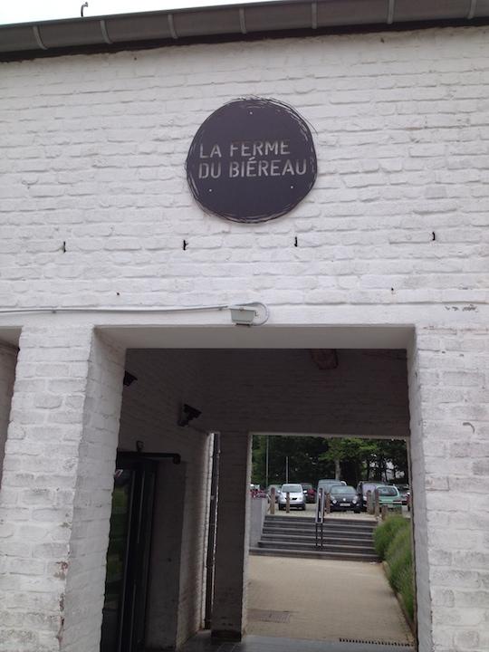 PAQ in Belgium LLN farm hall exterrior 1 SS