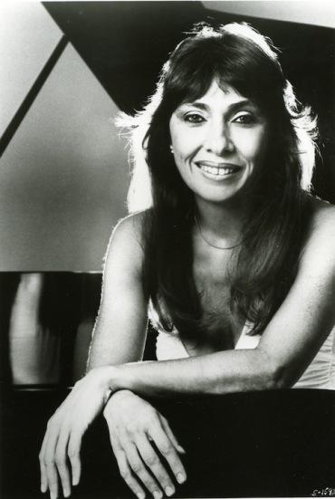 Ruth Laredo BW