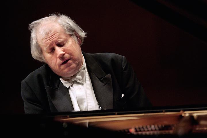 Grigory Sokolov, Piano