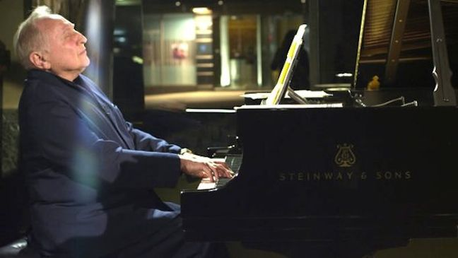 Seymour Bernstein playing piano