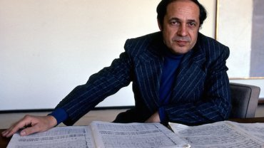 pierre boulez younger with scorers Sony Music