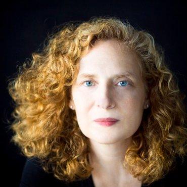 Julia Wolfe full face