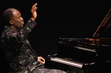 William Nyaho at piano 2