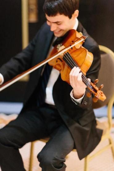 Jeremy Kienbaum playing viola