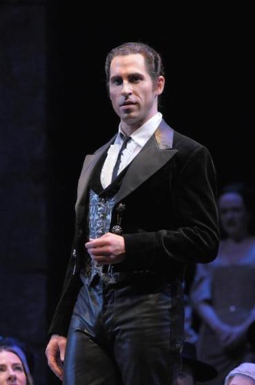 Kyle Ketelsen in Carmen at Chicago Lyric