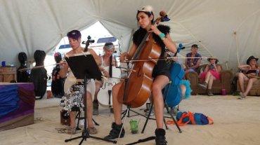Burning Man music cellist 2014 Jaki Levy