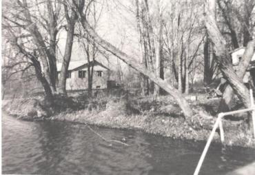 Niedecker cottage Blackhawk Island