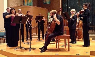 MBM Kim and pIncombe in Vivaldi double concerto