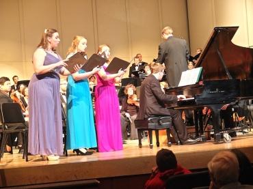 MCO Beethoven 3 women singers