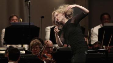 Mirga Grazinyte-Tyla conducting CR LA Times