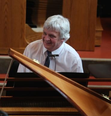 Trevor Stephenson at harpsicord CR Kent Sweitzer