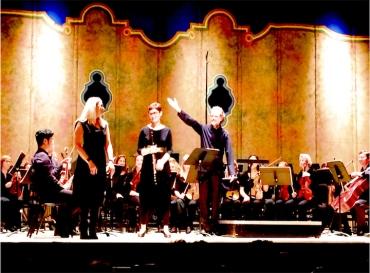 Laura Schwendinger Richmond Symphony brighter