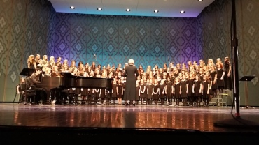 Madison Youth Choirs Combined Girlchoirs Spring Concert 15 CR Karen Brown