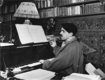 RH au piano