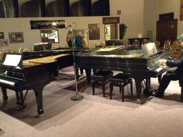 four-on-the-floor-piano-layout-jwb