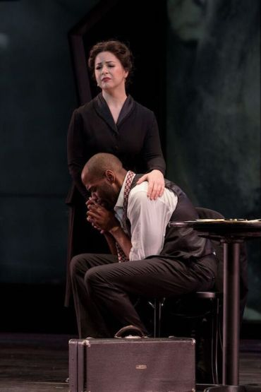 madison-opera-angela-mortellaro-as-doris-parker-joshua-stewart-as-charlie-parker-cr-james-gill